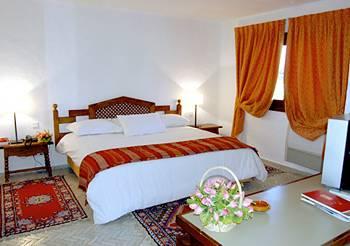 Decameron Issil Resort